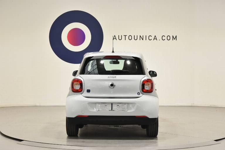 SMART ForFour 6