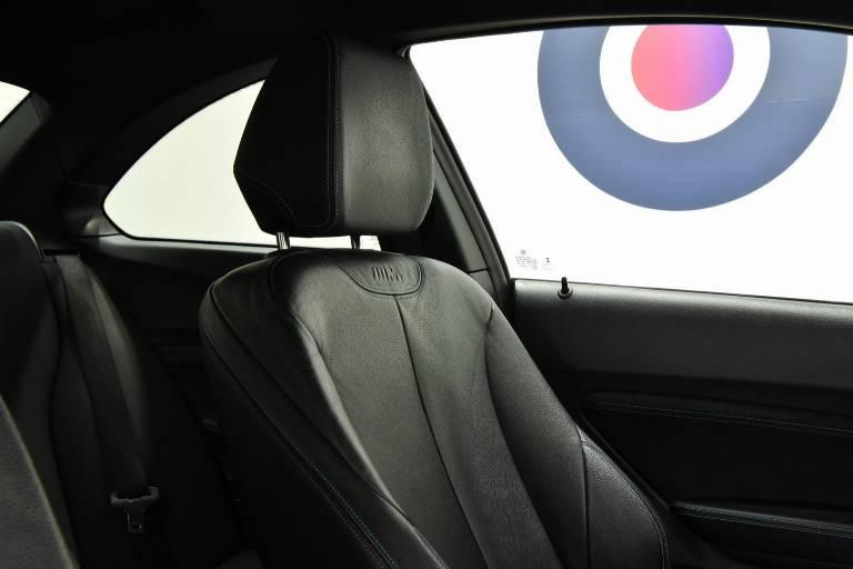 BMW M2 42