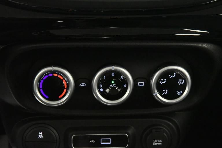 FIAT 500L 24