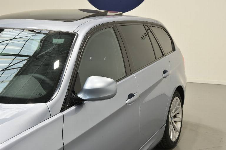 BMW 320 38