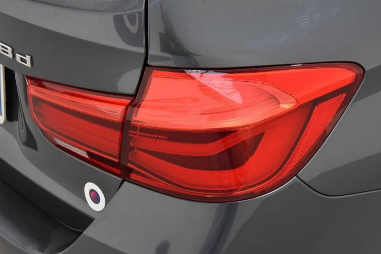 BMW 318 57