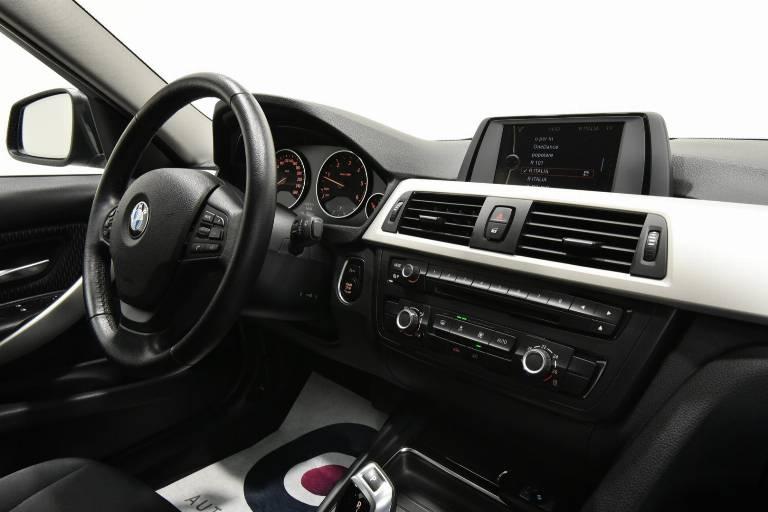 BMW 320 28