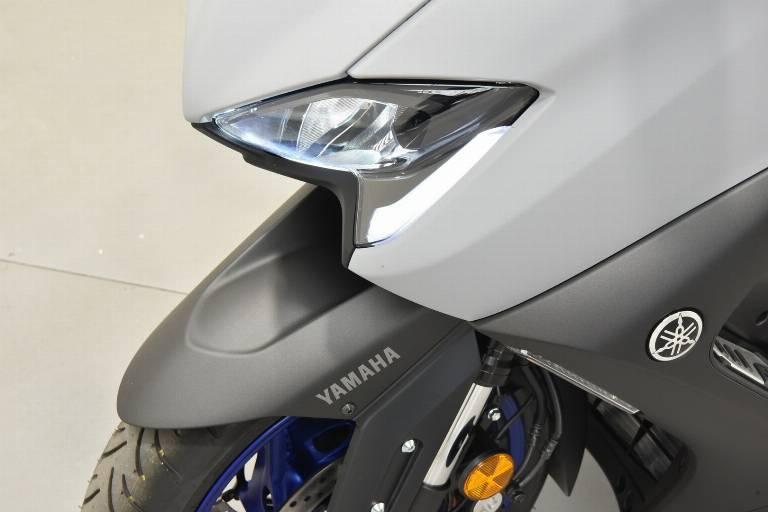 YAMAHA T-Max 560 52