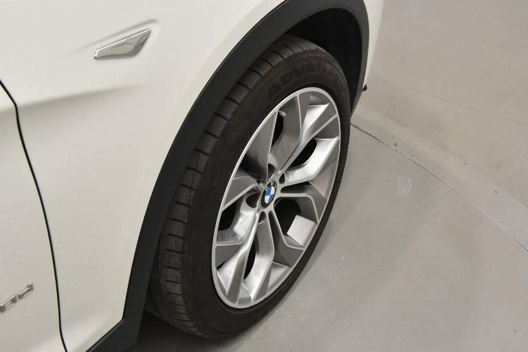 BMW X3 57