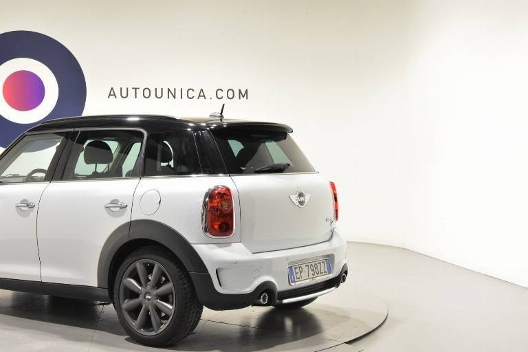 MINI Countryman 37