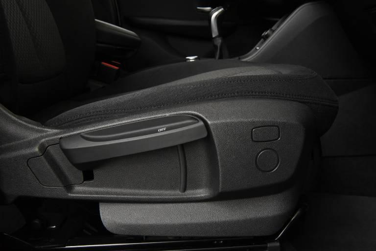 BMW 214 48