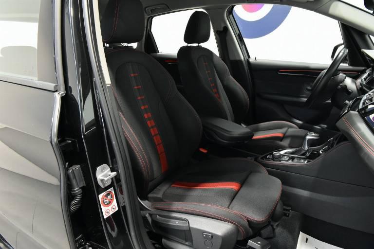 BMW 218 19