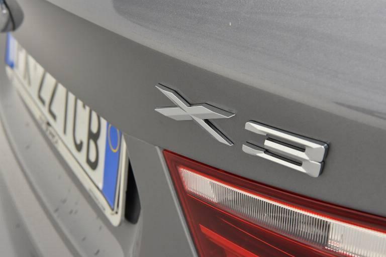 BMW X3 56