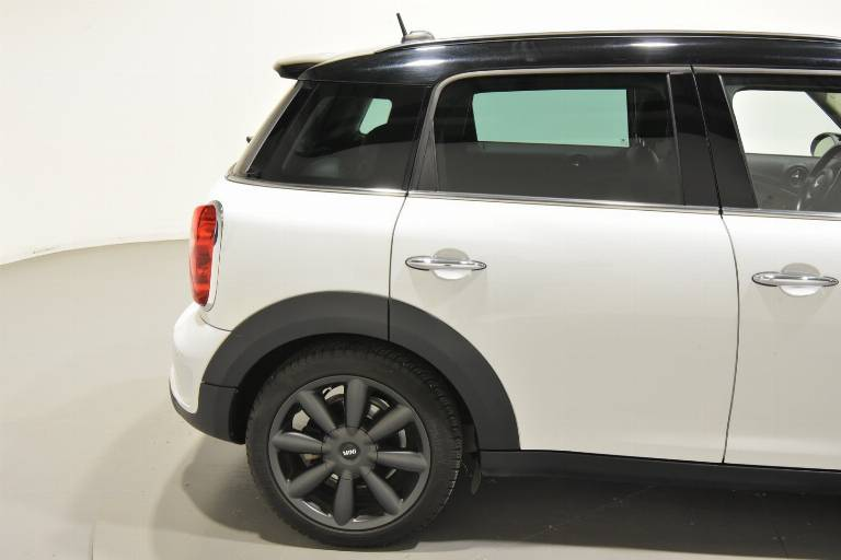 MINI Countryman 54