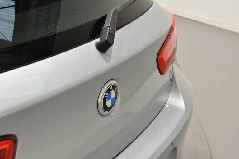 BMW 118 49