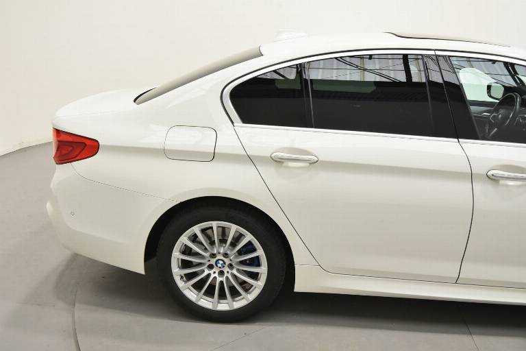 BMW 530 61