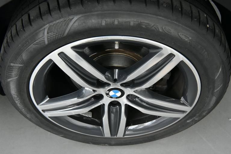 BMW 218 13