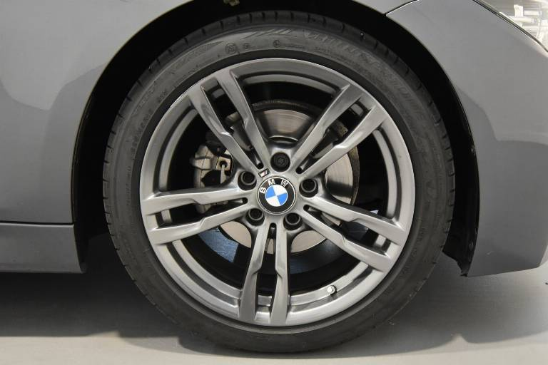BMW 318 34
