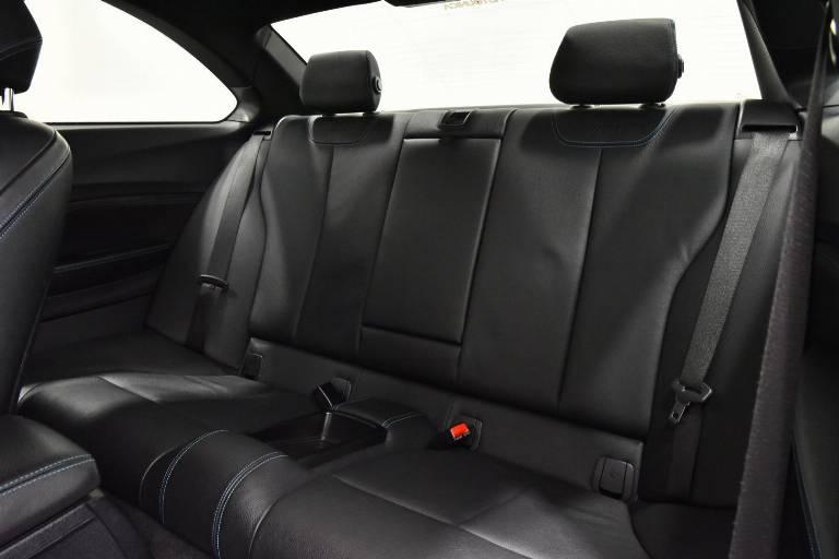BMW M2 20