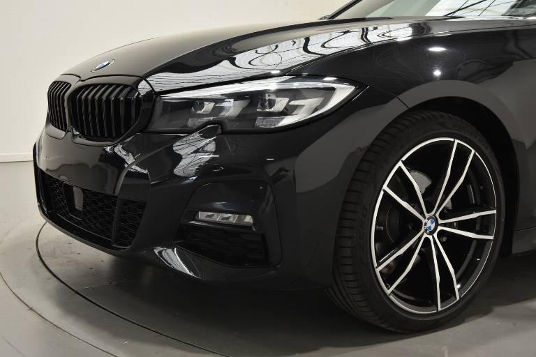 BMW 320 61