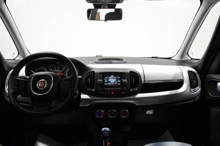 FIAT 500L 22