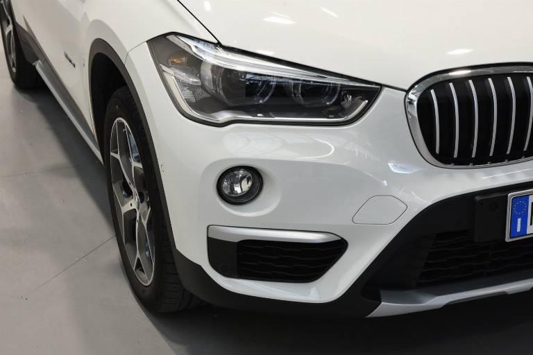 BMW X1 48