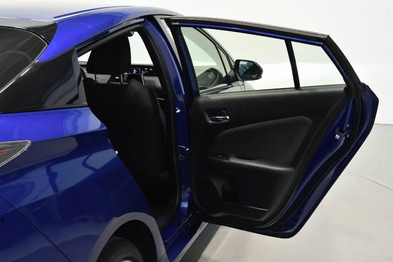 TOYOTA Prius 48
