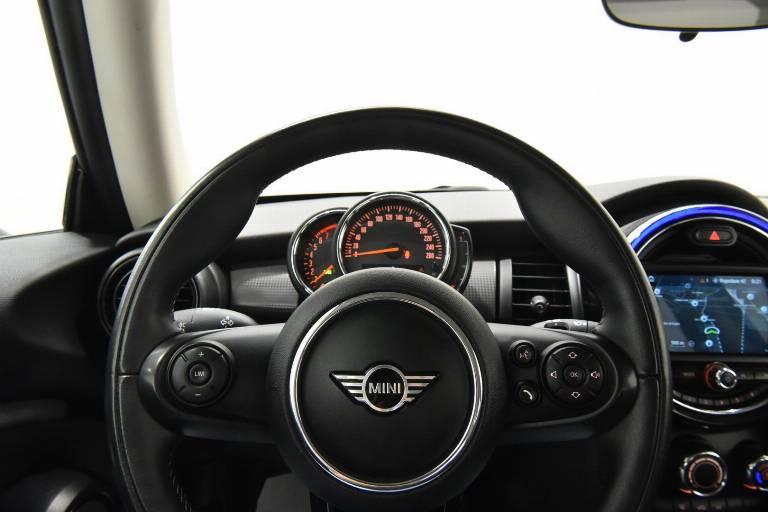 MINI Cooper 16