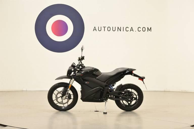 ZERO MOTORCYCLES ZERO DSR 8
