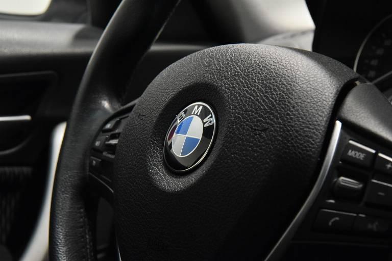 BMW 118 38