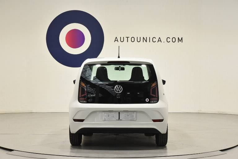 VOLKSWAGEN Up! 6