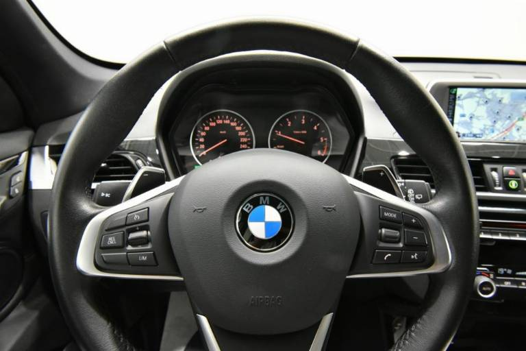 BMW X1 40