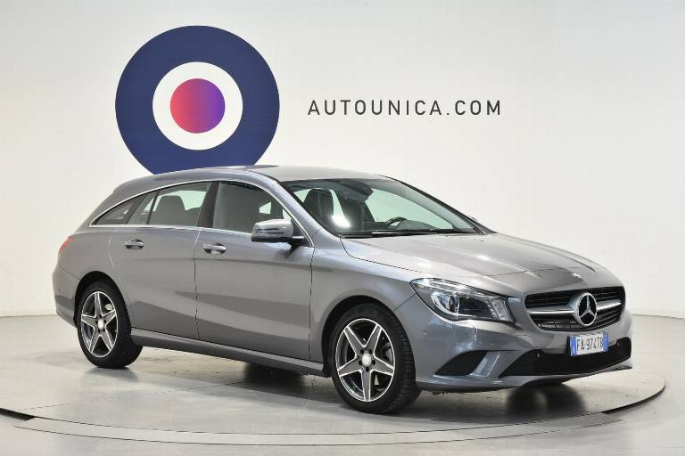 MERCEDES-BENZ CLA 200 29
