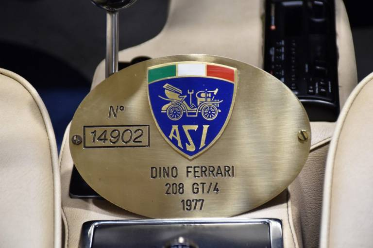 FERRARI Dino GT4 13