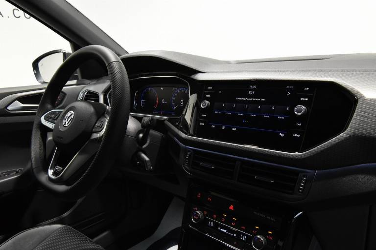 VOLKSWAGEN T-Cross 28