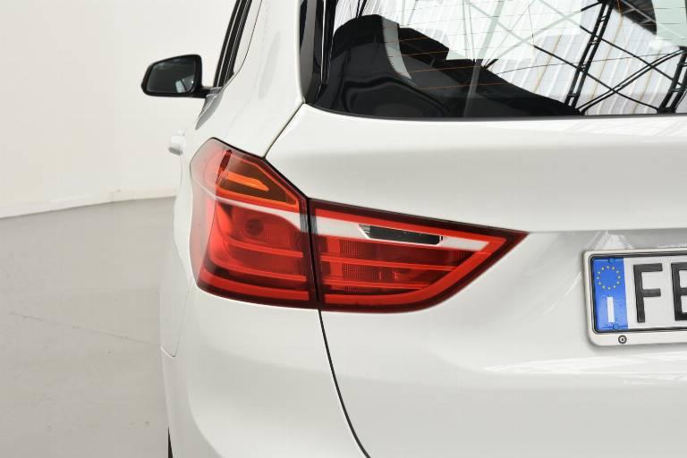 BMW 214 40