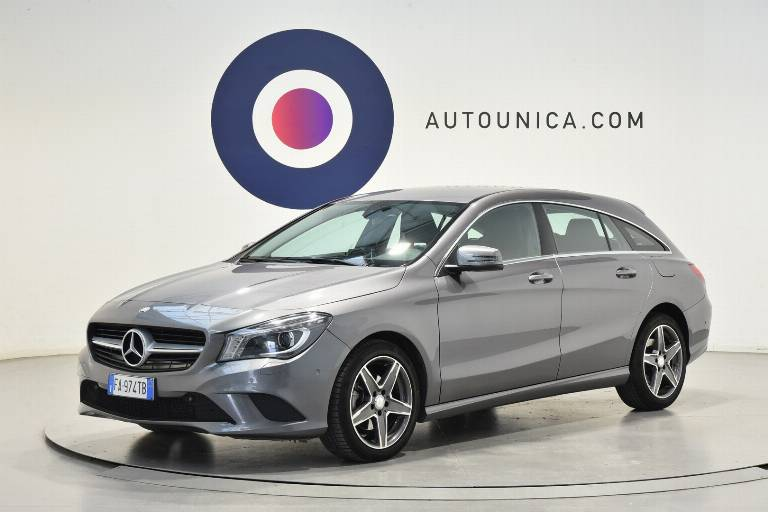MERCEDES-BENZ CLA 200 1