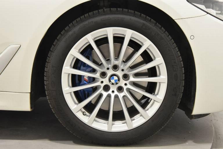 BMW 530 33