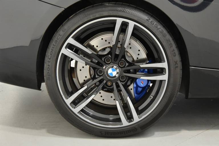 BMW M2 33