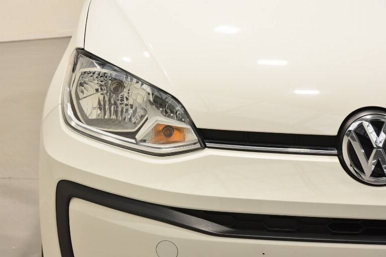 VOLKSWAGEN Up! 17
