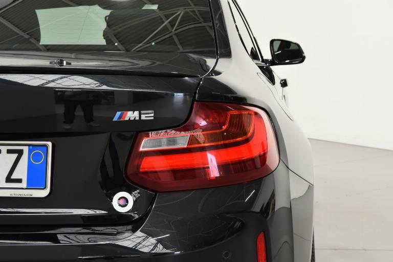 BMW M2 19
