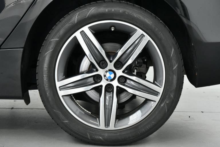 BMW 218 49