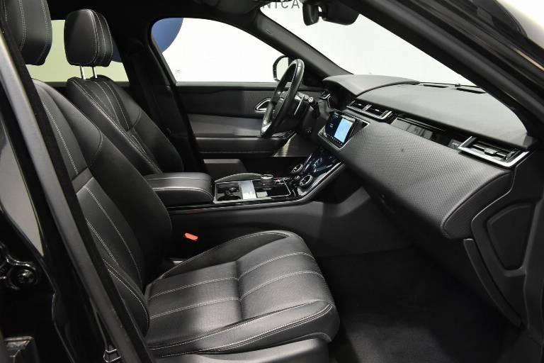 LAND ROVER Range Rover Velar 21