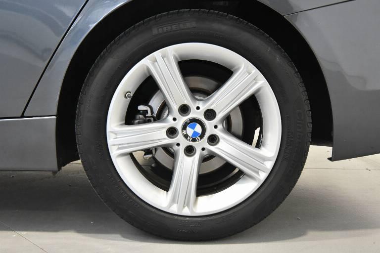 BMW 318 15