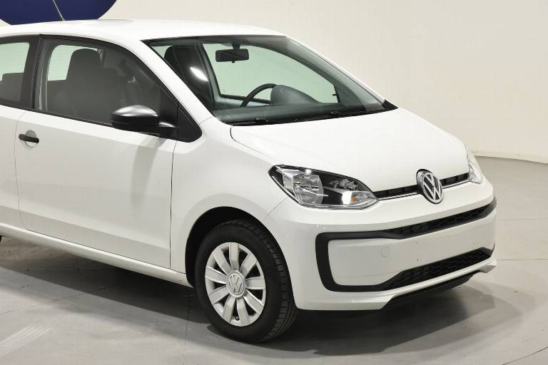 VOLKSWAGEN Up! 16