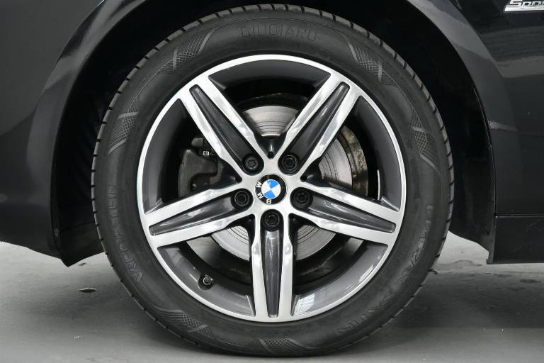 BMW 218 46