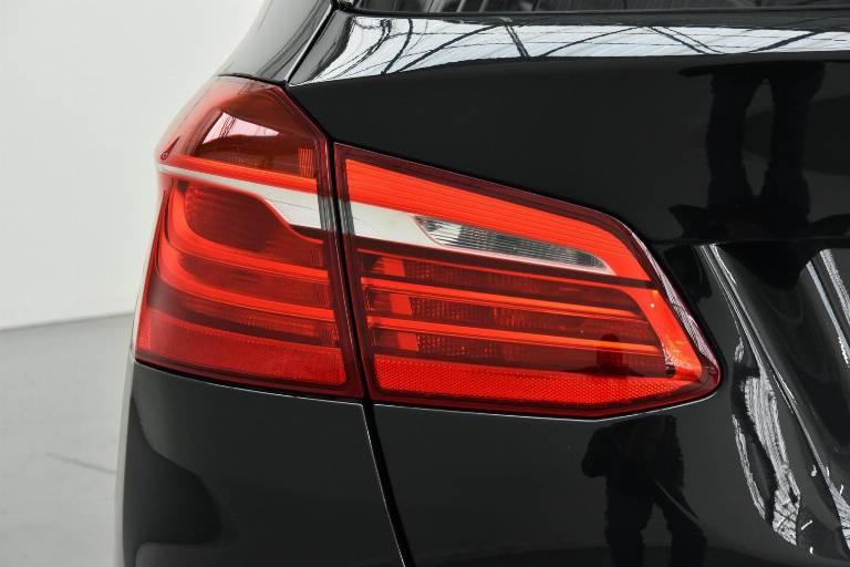 BMW 218 37