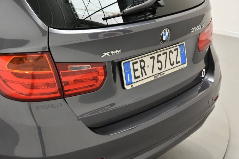 BMW 320 56
