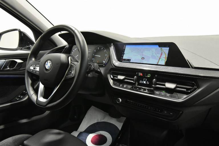 BMW 118 28
