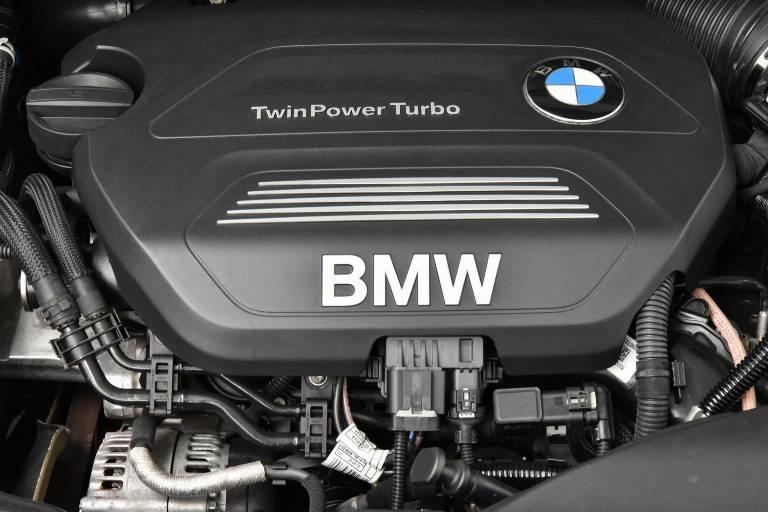 BMW 214 14