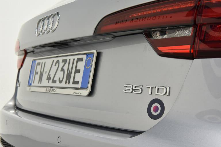 AUDI A4 66