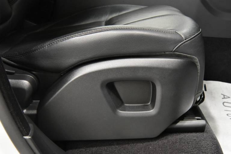 LAND ROVER Range Rover Sport 46