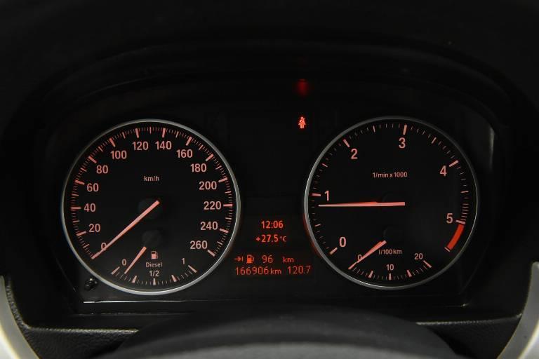 BMW 320 27