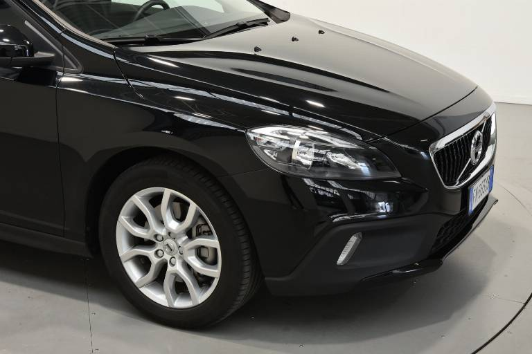 VOLVO V40 Cross Country 54