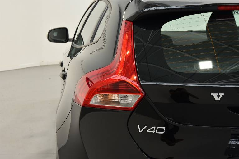 VOLVO V40 Cross Country 39